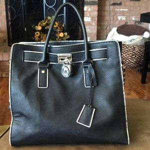 Large leather Micheal Kors Satchel